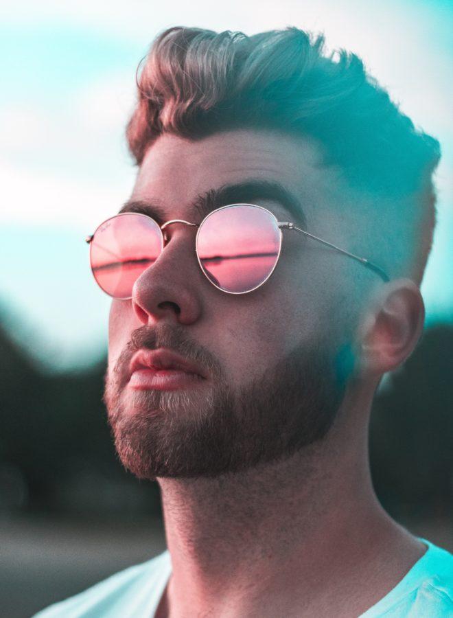 Stylizacja fryzur męskich – bez jakich produktów nie można się obejść?