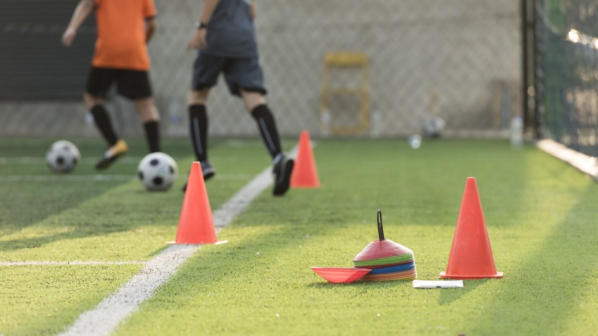 Trening piłkarski, sport