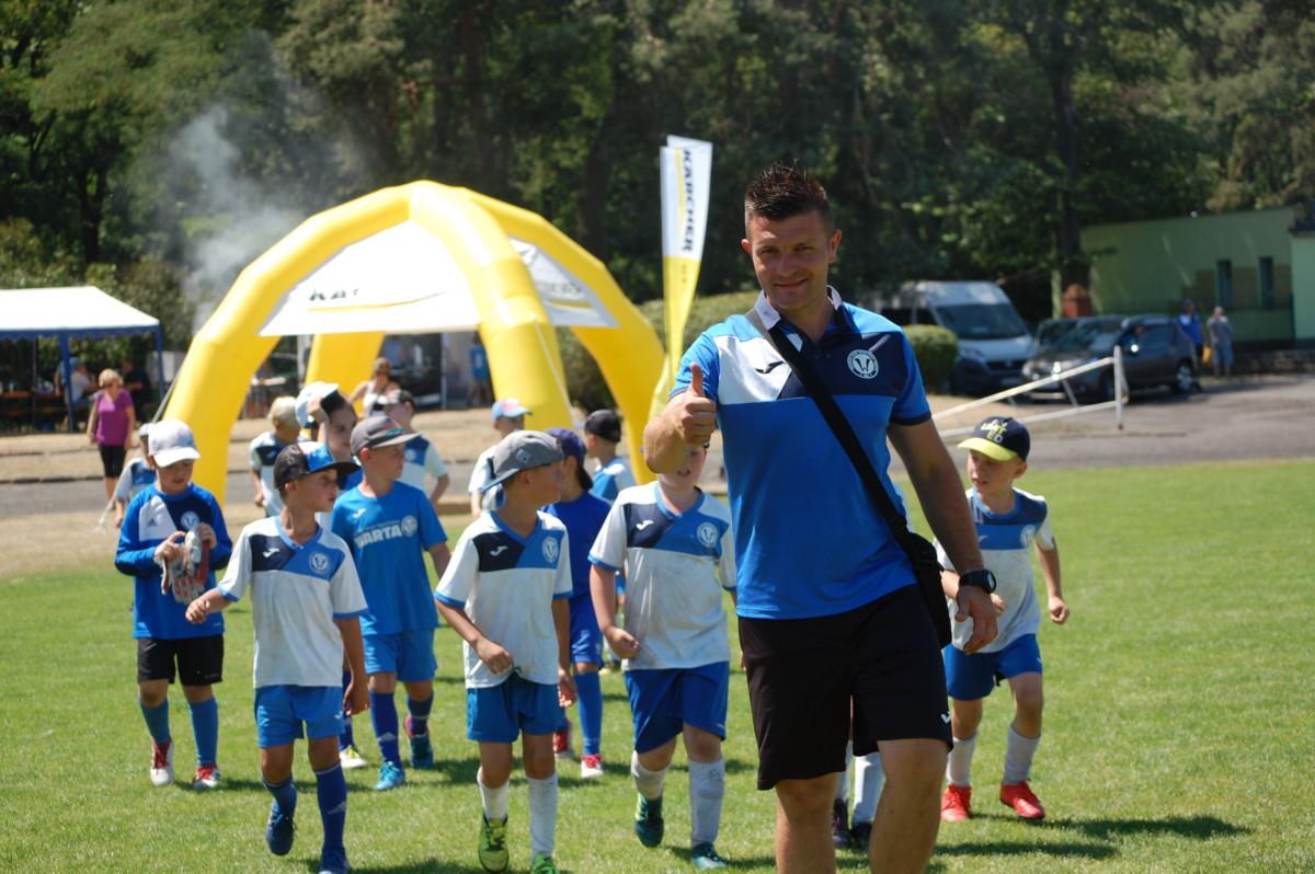 Akademia Piłkarska Młoda Warta