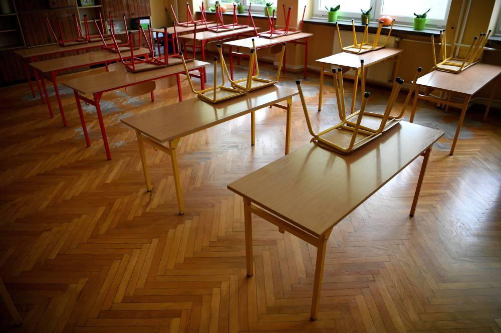 Czarnek: po 17 stycznia mamy nadzieję wrócić, przynajmniej stopniowo, do nauczania stacjonarnego