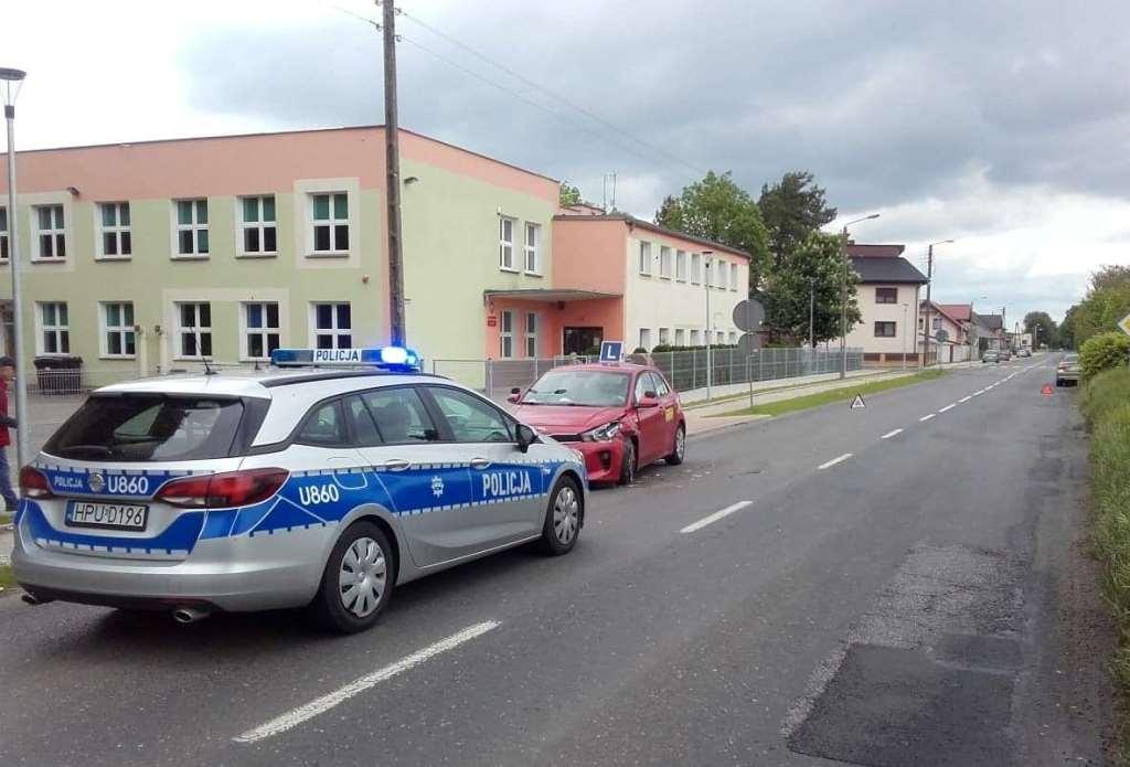 """Wypadek w Zbrudzewie kierującego BMW z """"elką"""""""